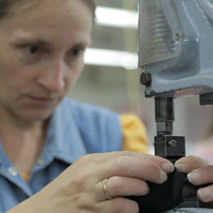 România, unul dintre cei mai mari producători de textile şi încălţăminte din Europa